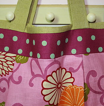 Kwik Sew 3526 Bag Detail