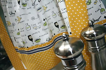 Audrey & Maude Apron with Salt & Pepper