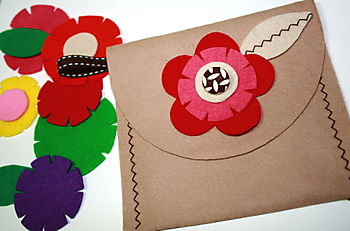 Felt & Fabric Flower Pouch 3