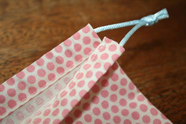 Peach Patterns: Simple drawstring bag